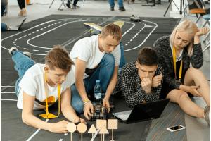 Яндекс поможет школьникам подготовиться к ЕГЭ по математике