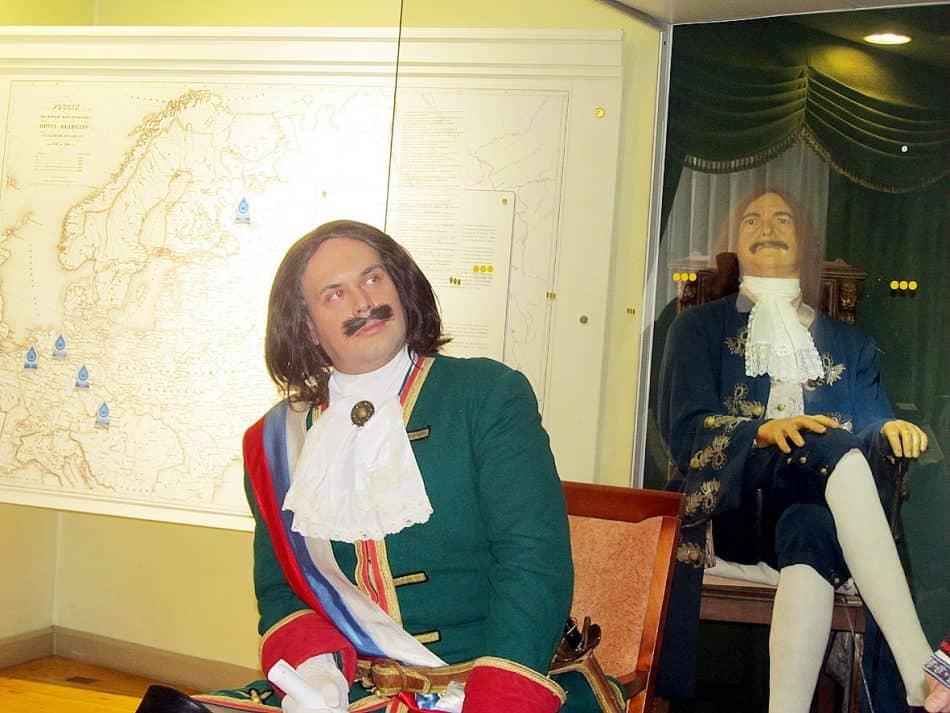 Два Петра I в Национальном музее Карелии