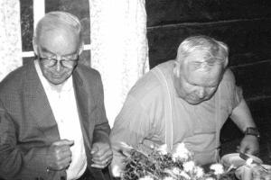 Пертти Виртаранта и Ортьё Степанов. Фото: www.karjalansivistysseura.fi
