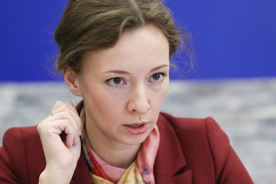 Уполномоченный при президенте РФ по правам ребенка Анна Кузнецова. Фото: Виктор Васенин/РГ