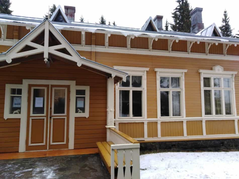 Здание Куркиёкского краеведческого музея. Фото: vk.com/photo-38267264_457239549