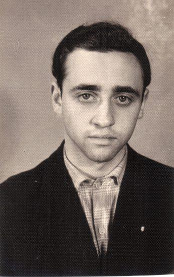 Я в 9 А классе. Июнь 1963 года