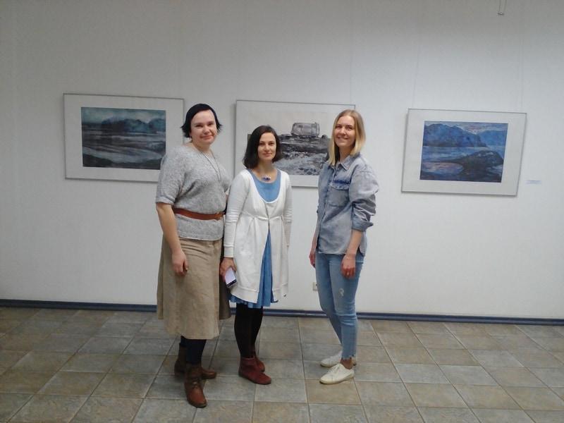 Авторы выставки Елена Тимофеева, Ирина Лапенко и Наталья Егорова