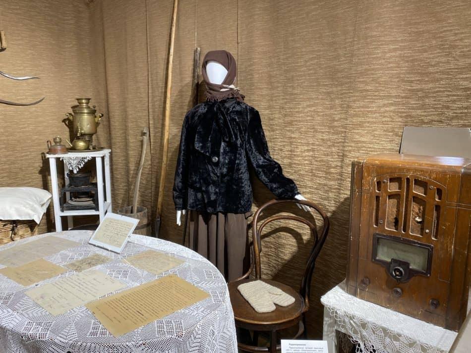 Часть экспозиции выставки «Военные вещи рассказывают». Фото пресс-службы Национального музея РК