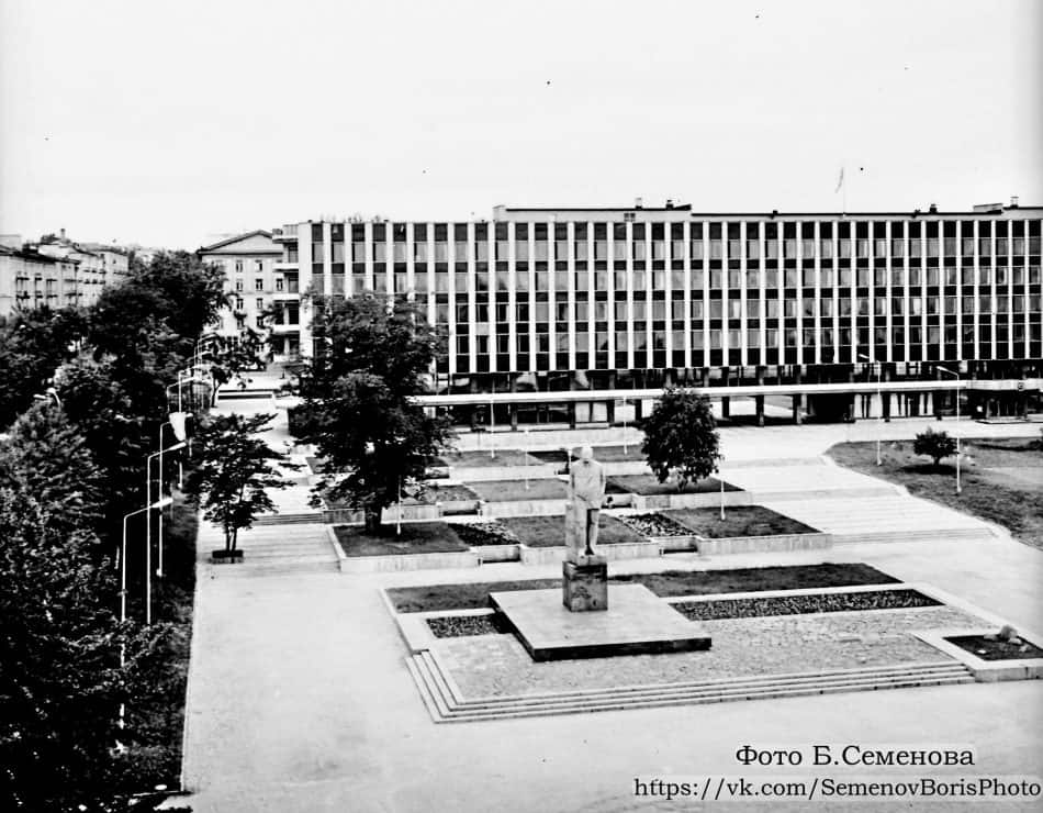 Здание горкома и горисполкома Петрозаводска