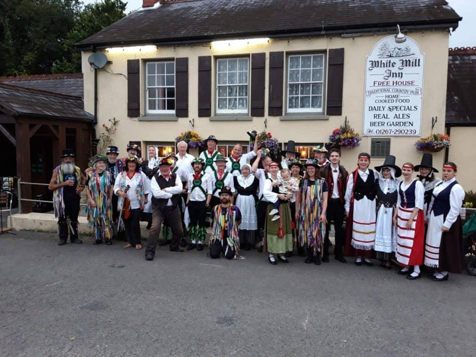 На фестивале в Уэльсе. Фото из семейного архива