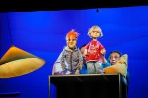 """Сцена из спектакля """"Малыш и Карлсон"""" в Театре кукол Карелии. Фото: Театр кукол РК"""