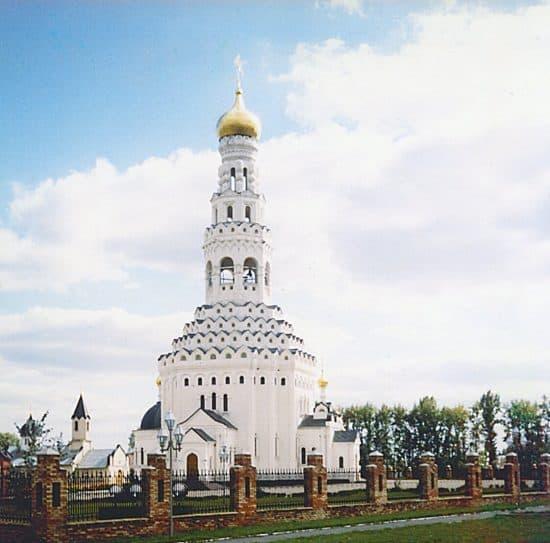 Храм Петра и Павл. Фото: Анатолий Болгов