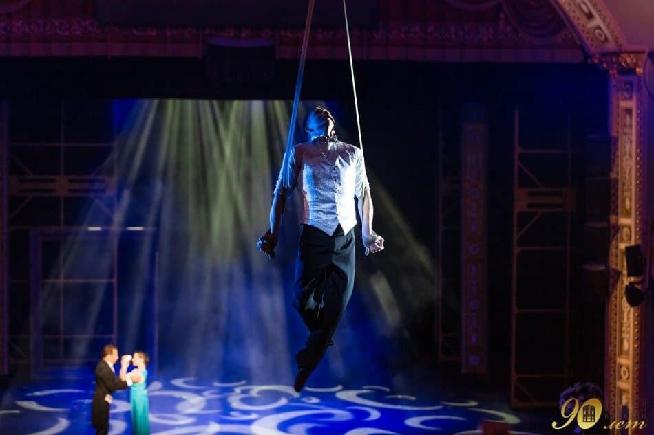 Сцена из оперетты «Принцесса цирка» (90-летие Санкт-Петербургского театра музыкальной комедии). Фото Марии Ковалевой