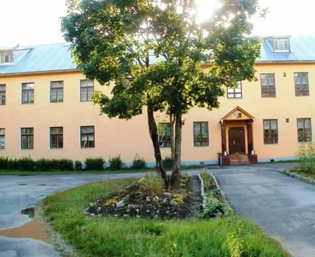 Школа в поселке Элисенваара Лахденпохского района. Фото: pandia.ru