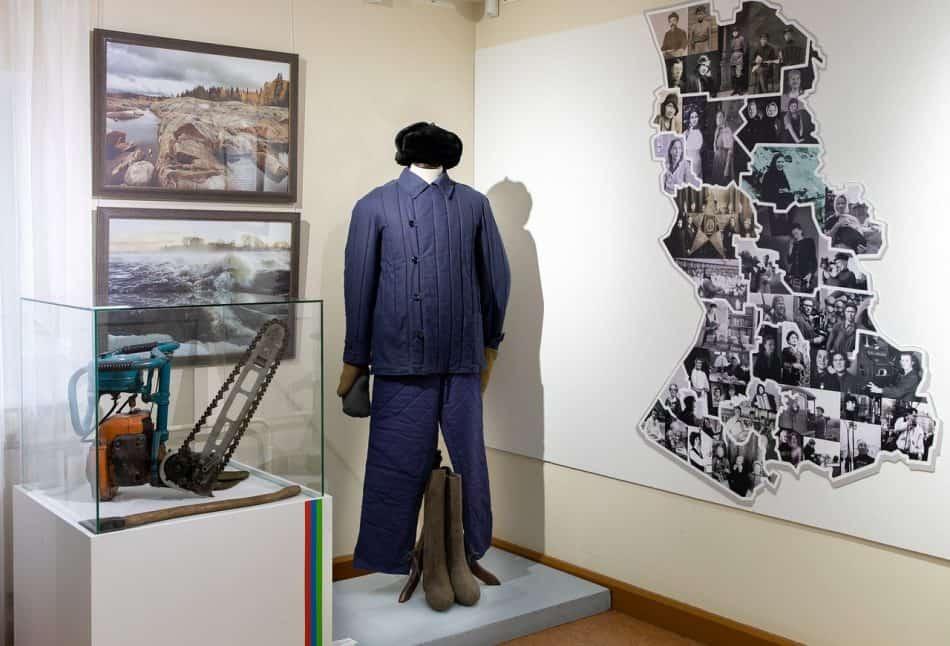 Часть экспозиции. Фото Леонида Николаева