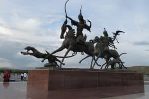 Прогулки по России с Лидией Винокуровой. Кызыл, где золото скифов