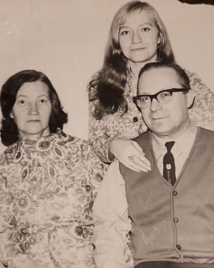 Елена Cойни с родителями