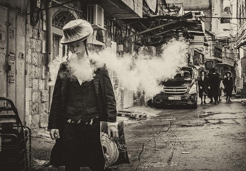 Фотовыставка «Меа Шеарим» Леонида Николаева