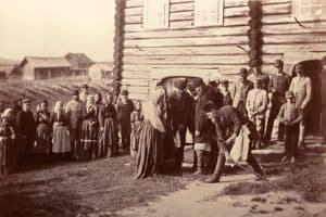 Одна из публичных лекций посвящена взгляду на историю Беломорской Карелии финского фотографа и путешественника Инто Конрада Инхи