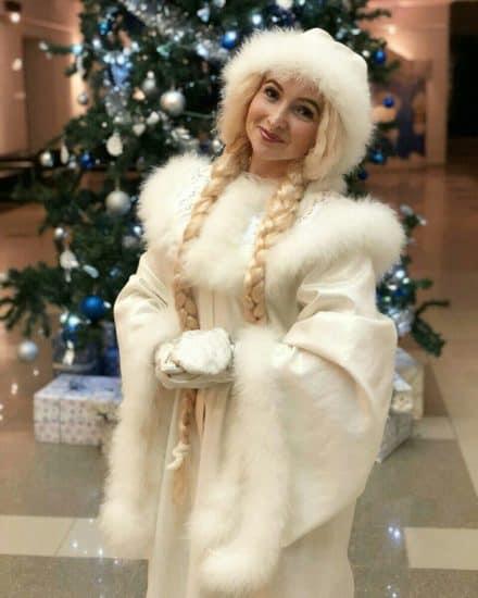 Людмила Исакова в образе Снегурочки