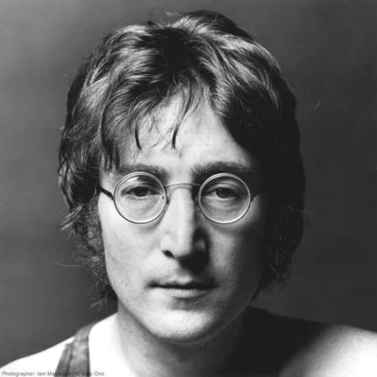 Джон Леннон. Фото: 2queens.ru