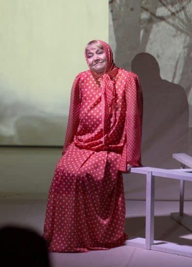 Людмила Баулина в роли Матрёны. Фото Людмилы Корвяковой