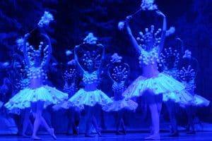 "Сцена из балета ""Щелкунчик"". Фото: Музыкальный театр РК"