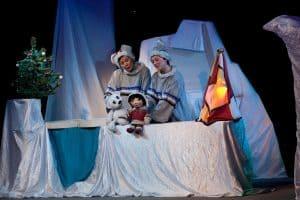 "Сцена из спектакля ""Умка"". Фото: Театр кукол РК"