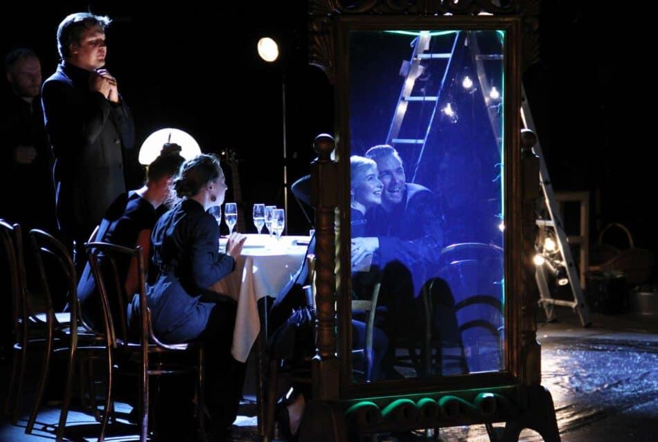 Национальный театр Карелии представит спектакль «Пер Гюнт. Новеллы» по мотивам пьесы Ибсена