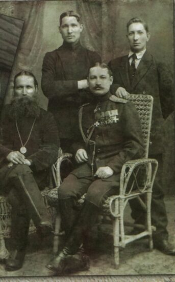Остречины. Братья Мироновы: Фёдор, Илья, Степан и Михаил. 1916 год