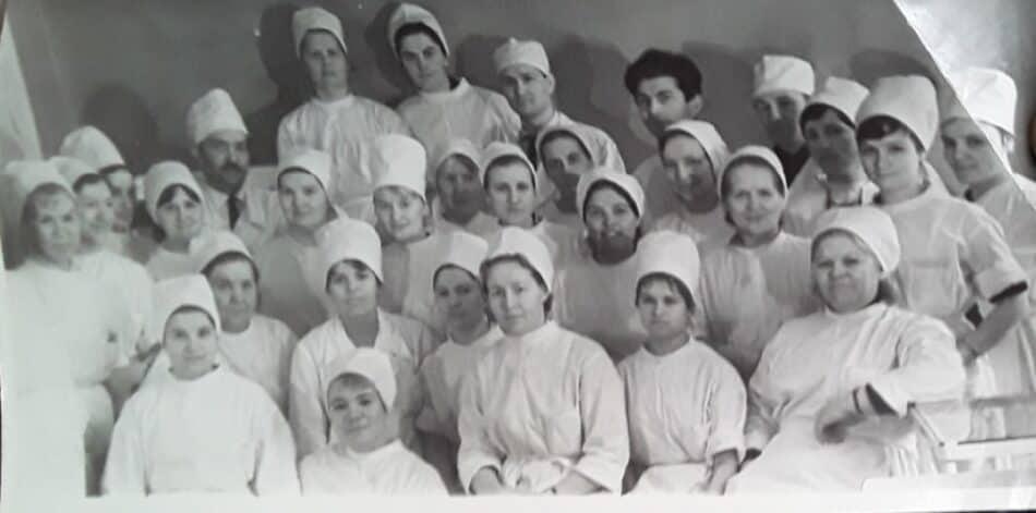 И.Н. Григович слева в верхнем ряду. Фото из личного архива В.А. Ларионовой