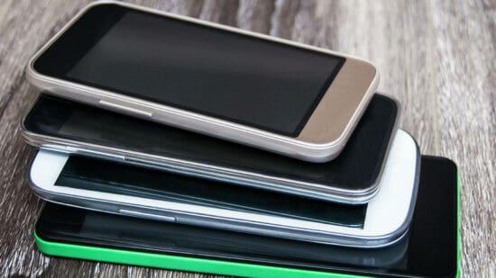 Запрет на смартфоны в школе раскритиковали
