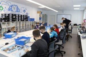Школьников Карелии бесплатно обучают робототехнике, промышленному дизайну, геоинформатике