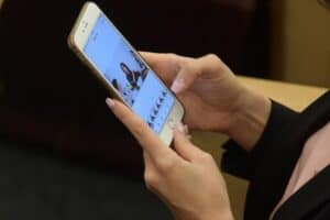 Эксперт рассказал, какие сообщения лучше удалять из смартфона