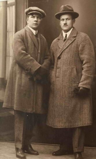 Неизвестные из фотоальбома Мальмберга. Фото из личного архива О. Вольфовича