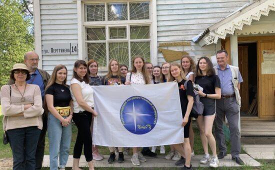 Экспедиция ПетрГУ в рунопевческой деревне Вокнаволок