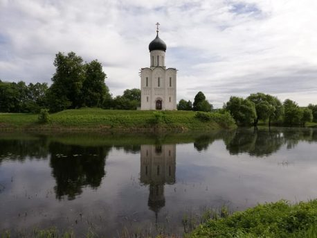 Церковь Покрова на Нерли. Фото: www.archnadzor.ru