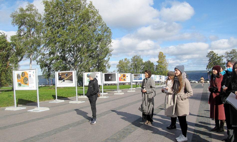 Передвижная выставка «Вместе» открылась в Петрозаводске