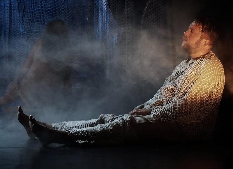 """Григорий в спектакле """"Голомяное пламя"""""""