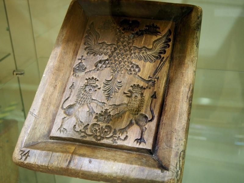 Пряничная доска старообрядцев конца XVII века. Рисунок обозначает победу России над Швецией
