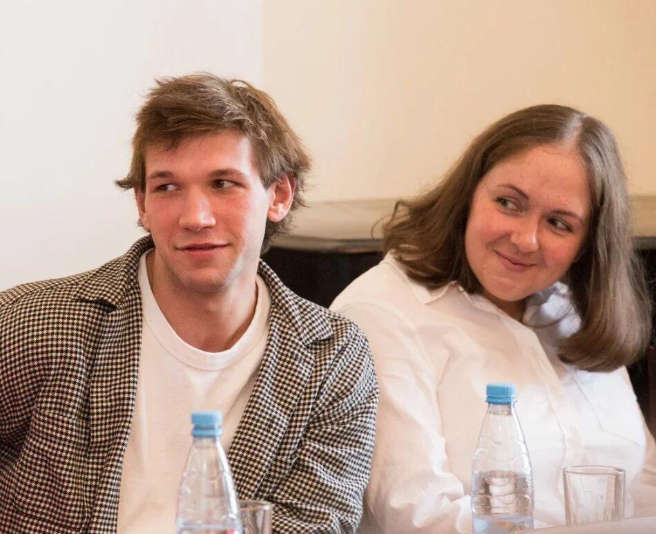 Наталья Шумилова,исполнительный директор фестиваля «Золотая маска», и актер БДТ Геннадий Блиновов. Фото Виталия Голубева