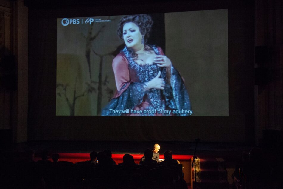 Во время лекции Владимира Дудина «Четыре века любви. За что мы так любим оперу». Фото Виталия Голубева