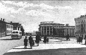 Проспект Ленина (справа - дом Чиненова). 1953. Худ. З. Львович