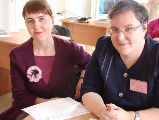 Победители городского и республиканского конкурса прошлых лет Ирина Валерьевна Невара (слева) и Ольга Ивановна Тулубаева вошли в жюри