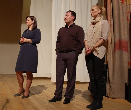 Финалисты городского конкурса Елена Дарвина (слева), Максим Иванов и Ольга Бородулина