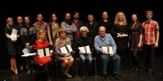 Лауреаты конкурса с членами жюри и актерами, которые участвовали в публичной читке пьес-лауреатов