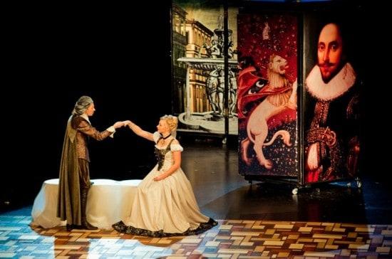 Сцена из спектакля «Двенадцатая ночь, или Что угодно» . Фото Национального театра РК