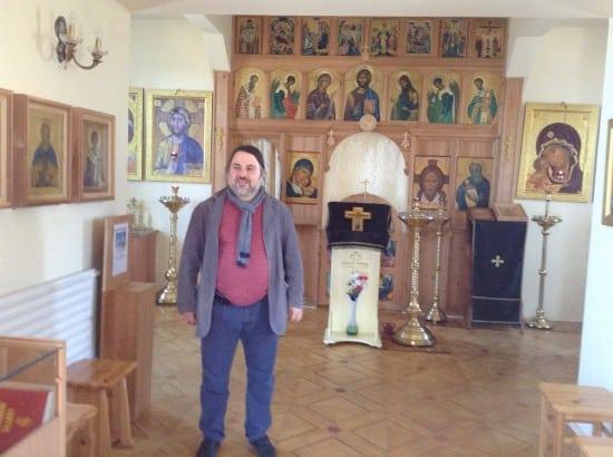 Гезалов в церкви Иоанна Богослова, построенной им в Петрозаводске 10 лет назад
