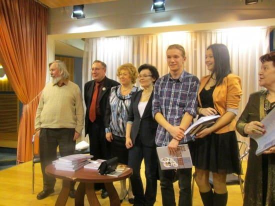 С читателями на презентации в Кондопоге. Фото Анны Тарасенко