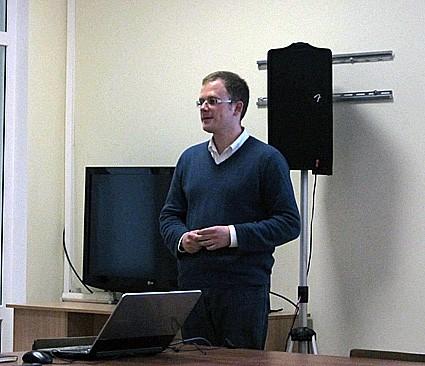 Один из ведущих российских специалистов в области городского брендинга Василий Дубейковский