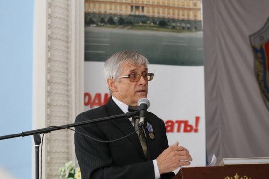 Автор книги Юрий Шлейкин
