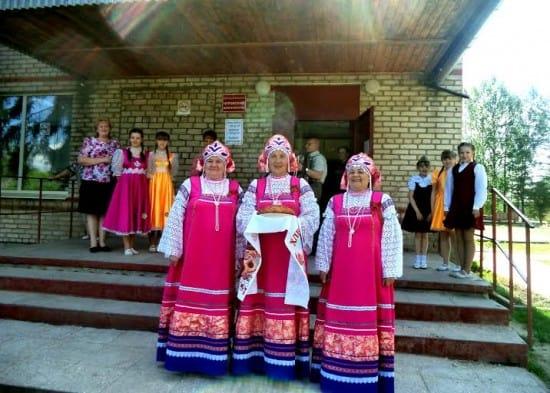 Хлебом-солью встречали гостей в Доме культуры села Чуровское