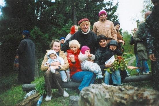 Наталья Ларцева с гостями Цветаевского костра - семьей Медовиковых