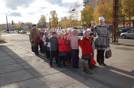 На урок в ДМХШ торопятся ученики финно-угорской школы